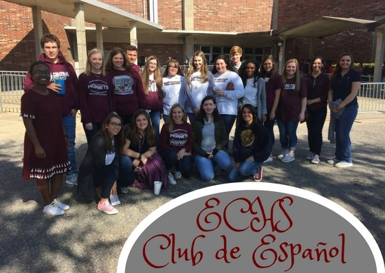 Spanish club group photo